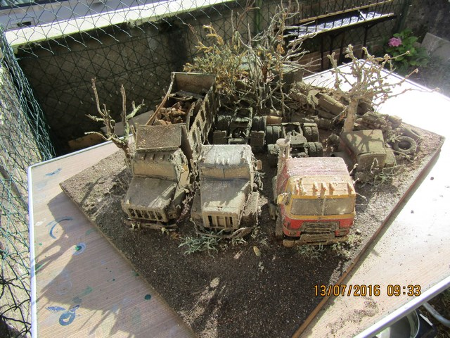 Diorama International abandonné en hiver. Dio_in11