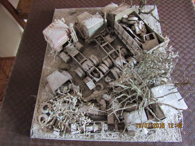 Diorama International abandonné en hiver. Dio_in28