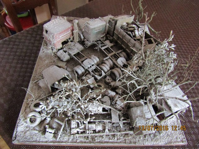 Diorama International abandonné en hiver. Dio_in31