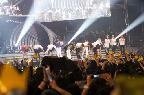 [PLURI] Concert de la YG Family Theend10
