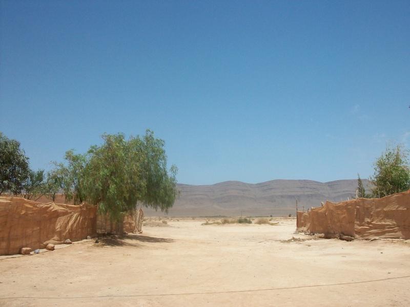 En route vers le sahara, avec ma Mercedes!  100_0411