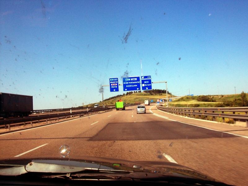 En route vers le sahara, avec ma Mercedes!  100_3012