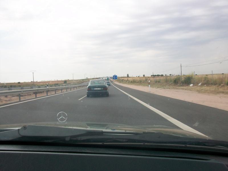 En route vers le sahara, avec ma Mercedes!  100_3019