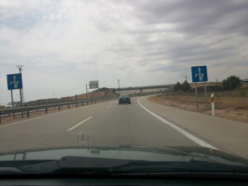 En route vers le sahara, avec ma Mercedes!  100_3023