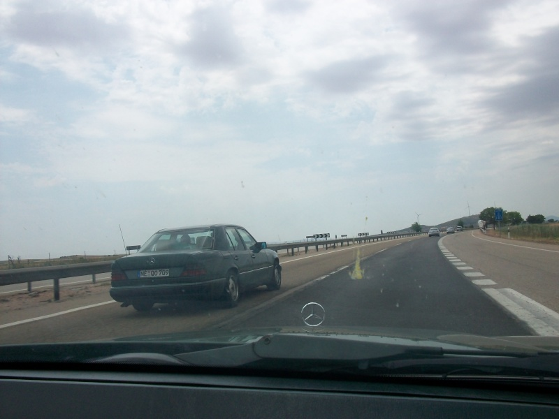 En route vers le sahara, avec ma Mercedes!  100_3025