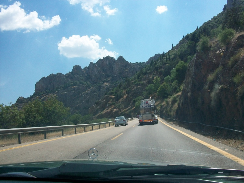 En route vers le sahara, avec ma Mercedes!  100_3030