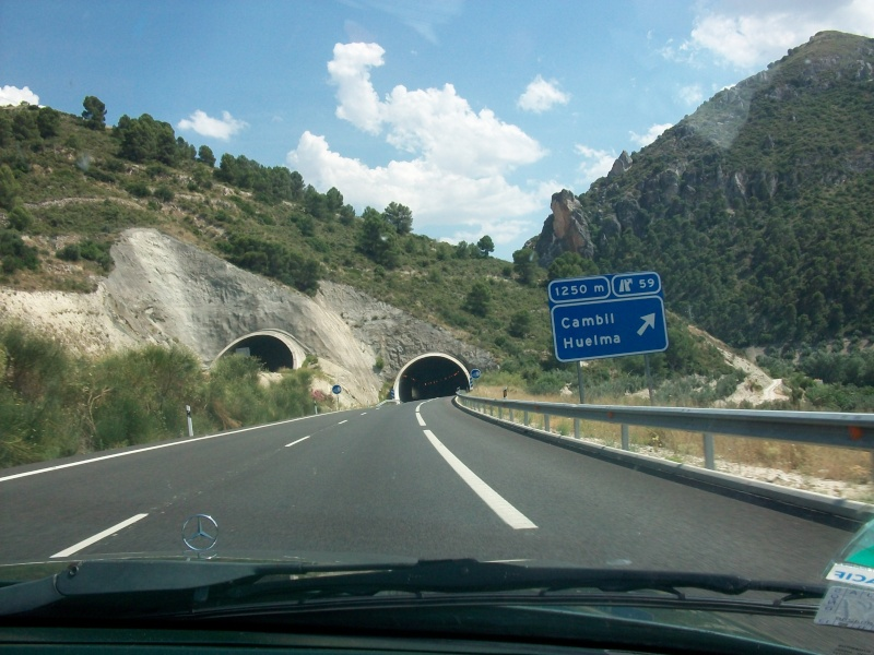 En route vers le sahara, avec ma Mercedes!  100_3034