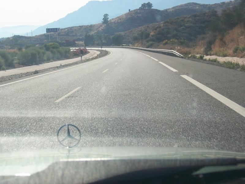 En route vers le sahara, avec ma Mercedes!  100_3039
