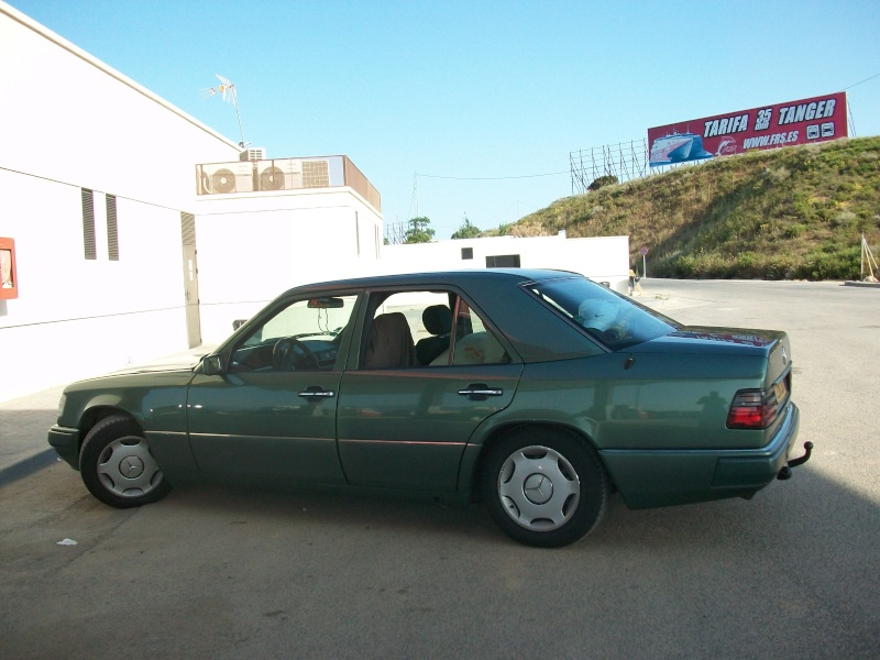 En route vers le sahara, avec ma Mercedes!  100_3041