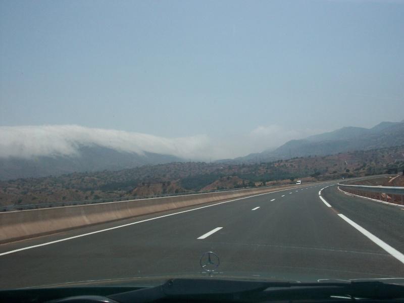 En route vers le sahara, avec ma Mercedes!  100_3112