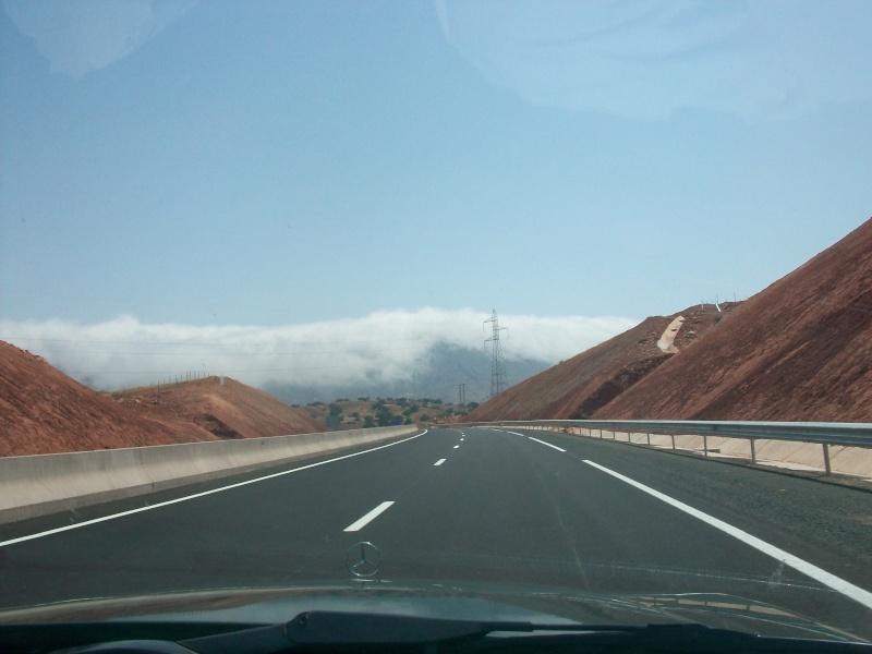 En route vers le sahara, avec ma Mercedes!  100_3113