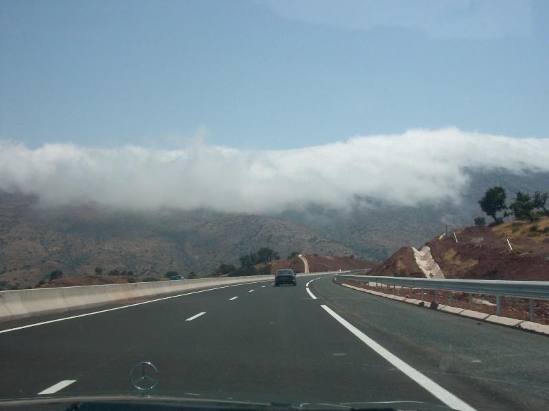 En route vers le sahara, avec ma Mercedes!  100_3114