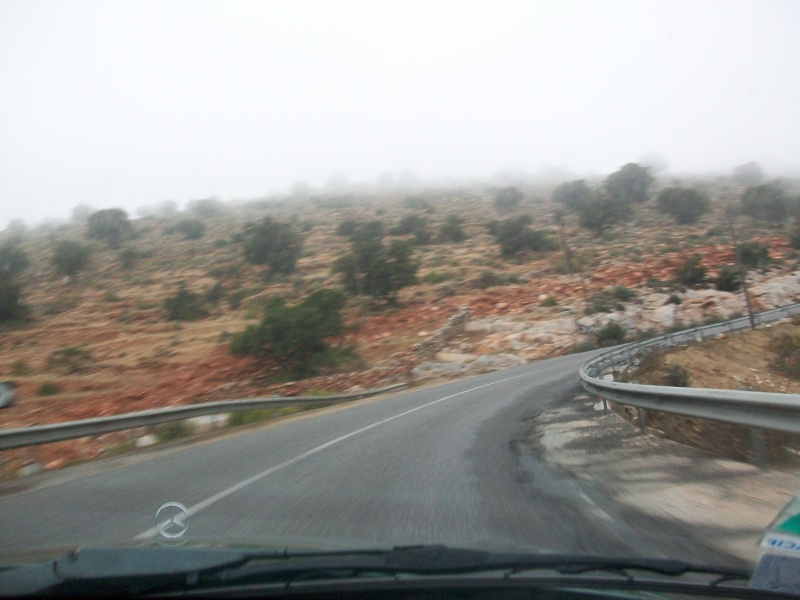 En route vers le sahara, avec ma Mercedes!  100_3140