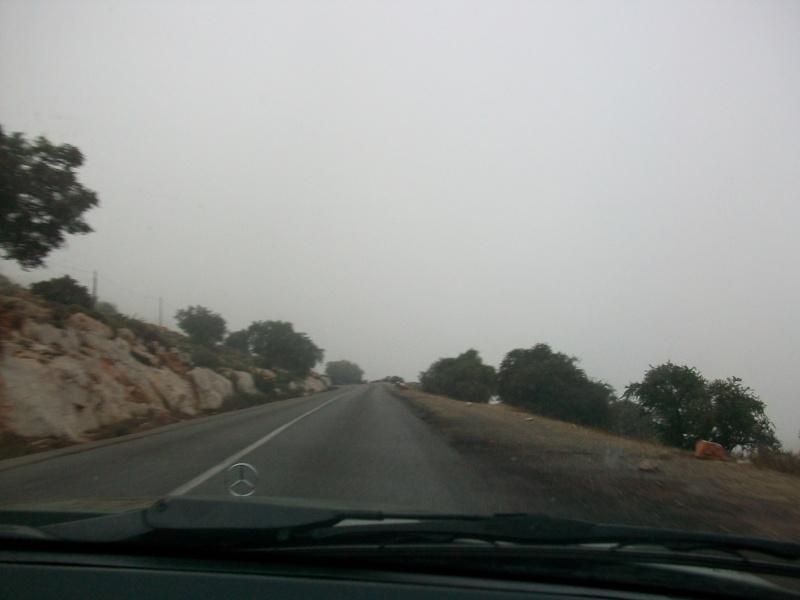 En route vers le sahara, avec ma Mercedes!  100_3141