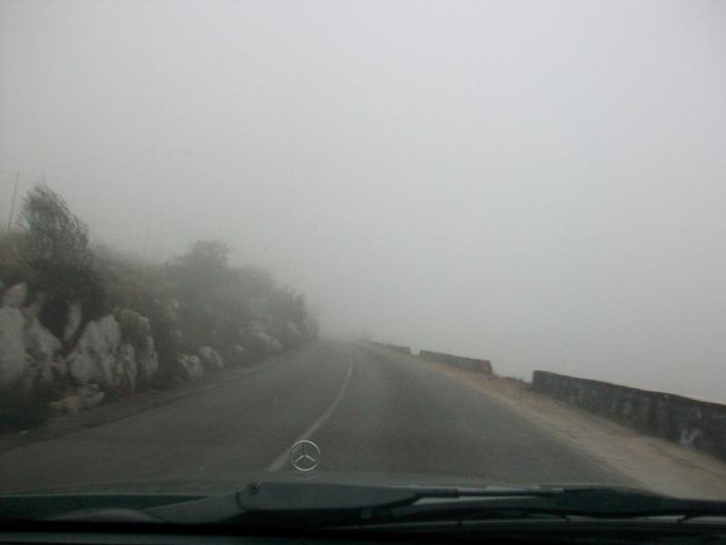 En route vers le sahara, avec ma Mercedes!  100_3144