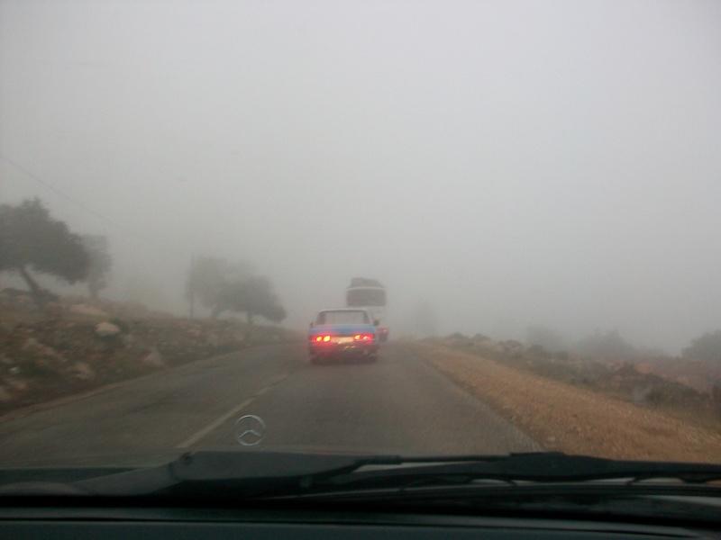 En route vers le sahara, avec ma Mercedes!  100_3147