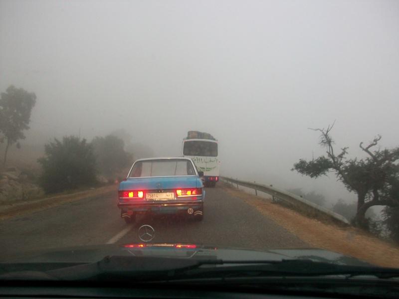 En route vers le sahara, avec ma Mercedes!  100_3149