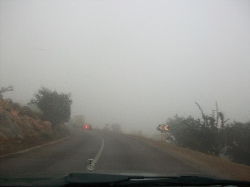 En route vers le sahara, avec ma Mercedes!  100_3213
