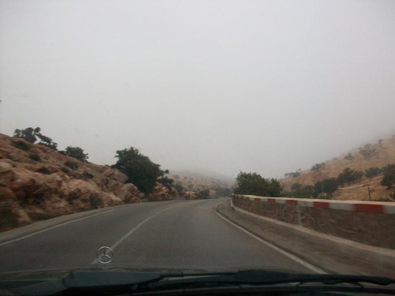 En route vers le sahara, avec ma Mercedes!  100_3217