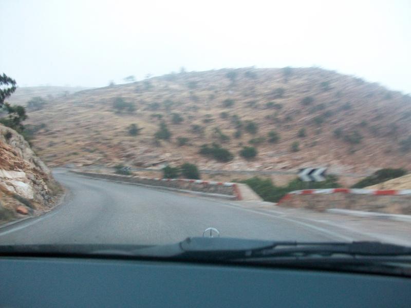 En route vers le sahara, avec ma Mercedes!  100_3222