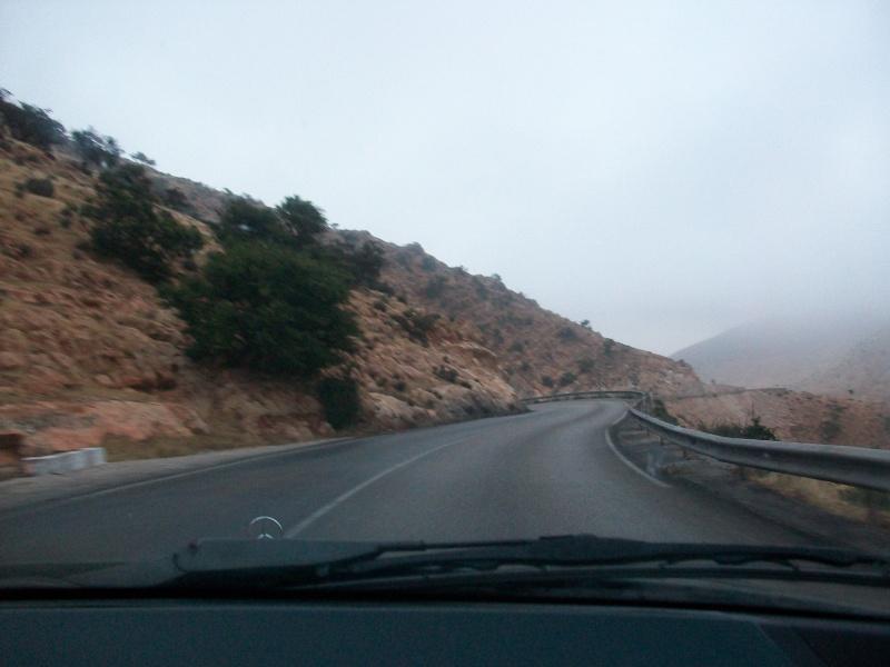 En route vers le sahara, avec ma Mercedes!  100_3224