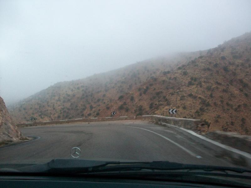 En route vers le sahara, avec ma Mercedes!  100_3227