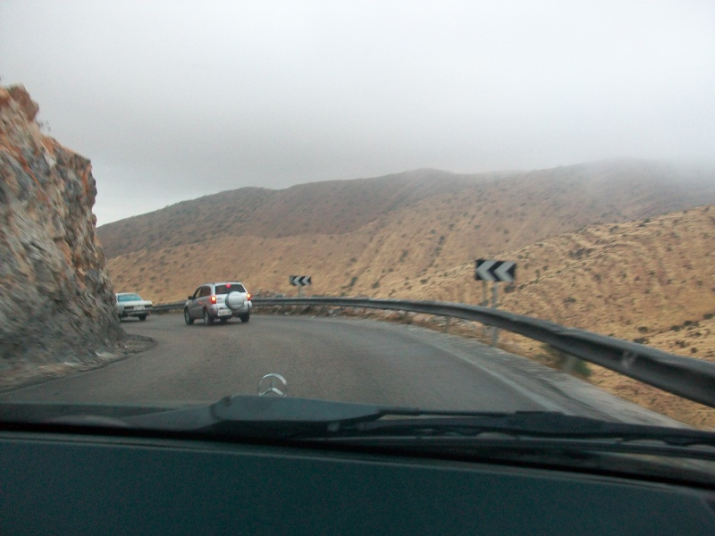 En route vers le sahara, avec ma Mercedes!  100_3238