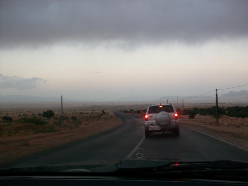 En route vers le sahara, avec ma Mercedes!  100_3243