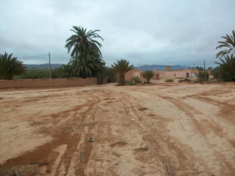 En route vers le sahara, avec ma Mercedes!  100_3314