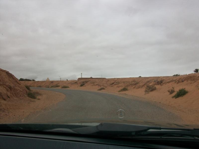En route vers le sahara, avec ma Mercedes!  100_3333