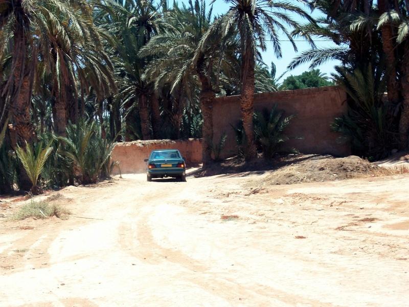En route vers le sahara, avec ma Mercedes!  100_3412