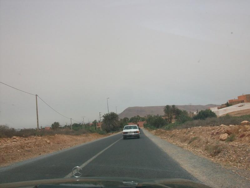 En route vers le sahara, avec ma Mercedes!  100_3418