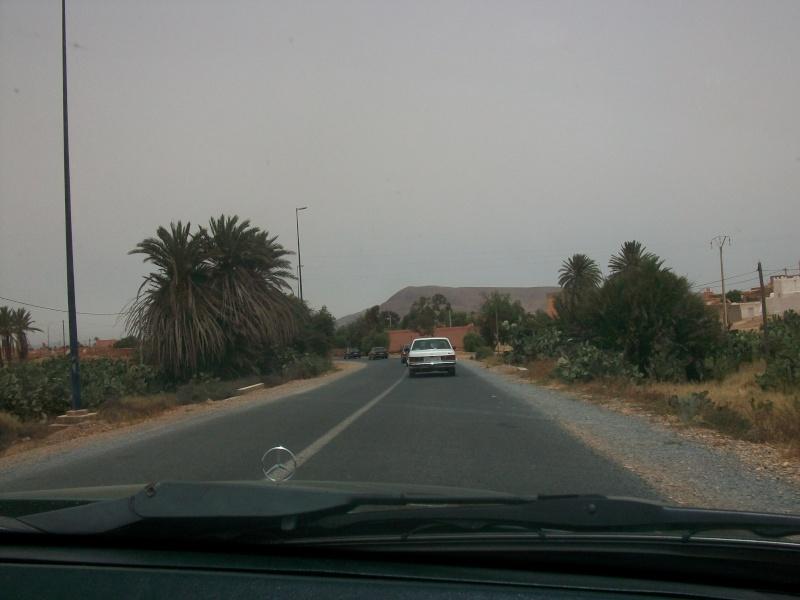 En route vers le sahara, avec ma Mercedes!  100_3419