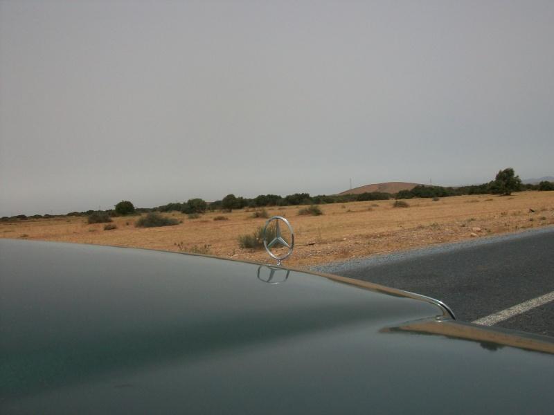 En route vers le sahara, avec ma Mercedes!  100_3424