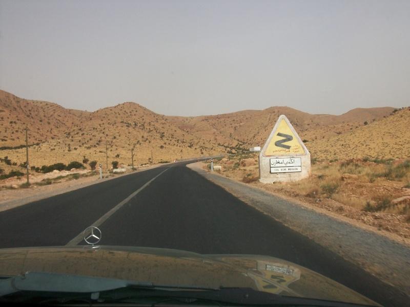 En route vers le sahara, avec ma Mercedes!  100_3515