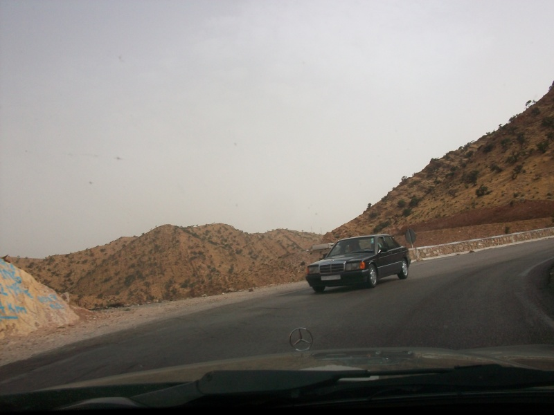 En route vers le sahara, avec ma Mercedes!  100_3519