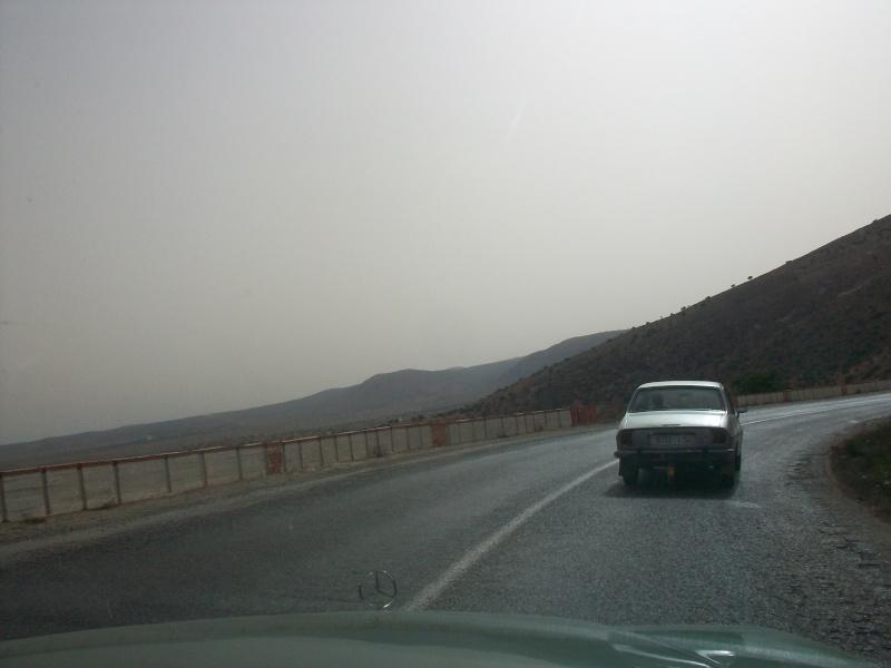 En route vers le sahara, avec ma Mercedes!  100_3524