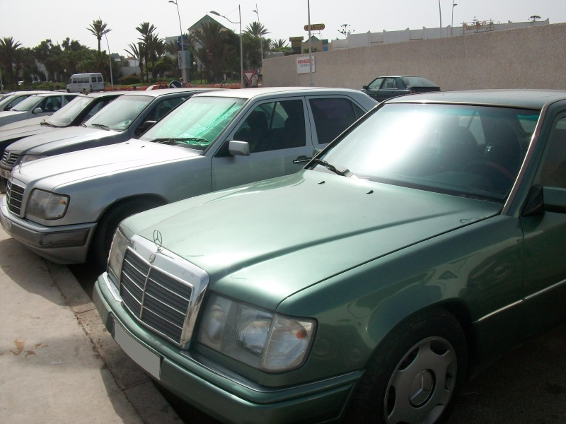 En route vers le sahara, avec ma Mercedes!  100_3527
