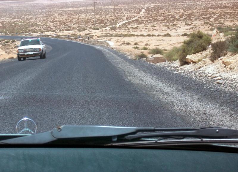 En route vers le sahara, avec ma Mercedes!  - Page 2 100_3650