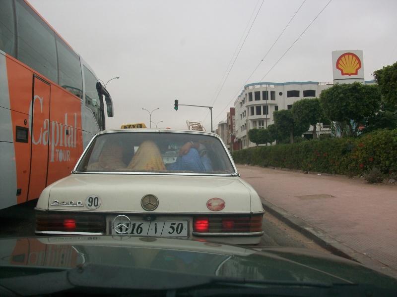 En route vers le sahara, avec ma Mercedes!  100_4010