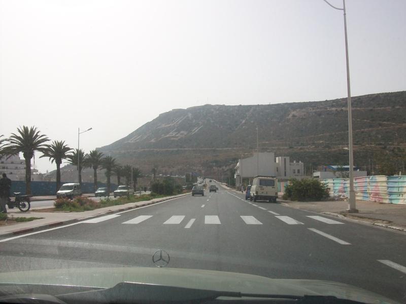 En route vers le sahara, avec ma Mercedes!  100_4011