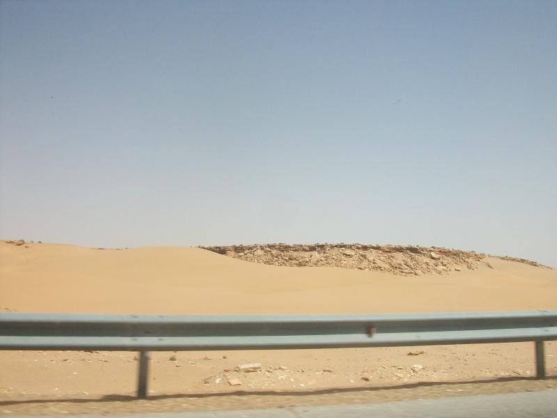 En route vers le sahara, avec ma Mercedes!  - Page 2 Img84710