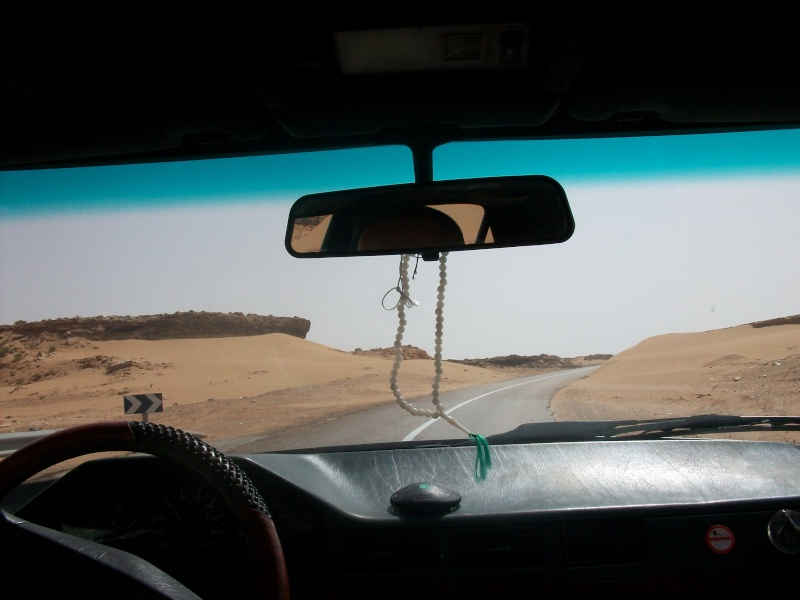 En route vers le sahara, avec ma Mercedes!  - Page 2 Img84810