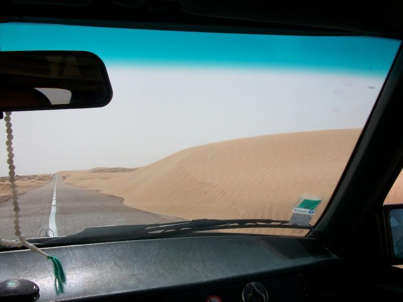 En route vers le sahara, avec ma Mercedes!  - Page 2 Img85210