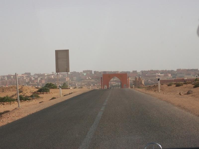 En route vers le sahara, avec ma Mercedes!  - Page 3 Img91410