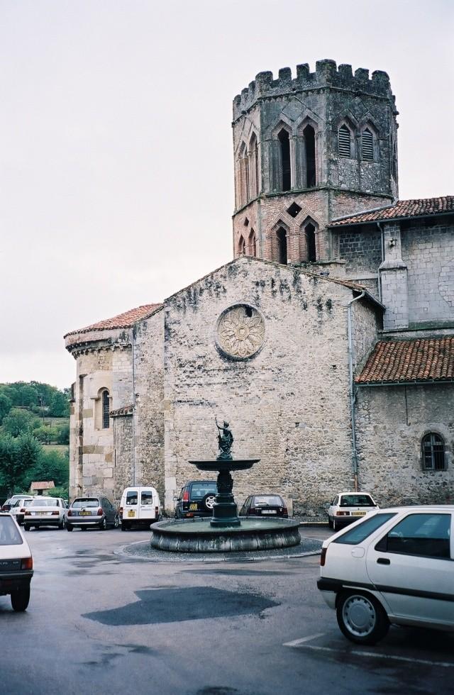 10- Concours - églises ....photos reçues. - Page 2 Copie_11