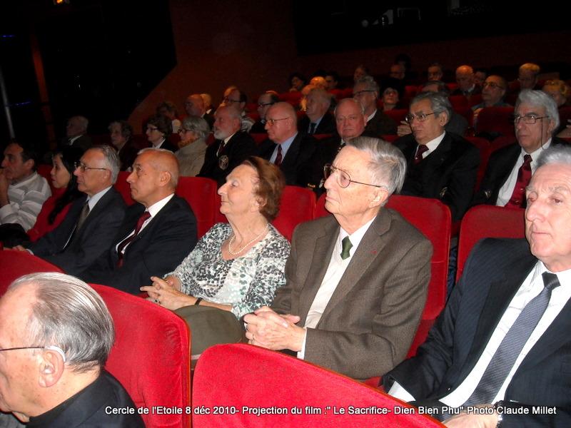 DIEN BIEN PHU 1954 - LE SACRIFICE -8 décembre 2010 à 20h30 club de l'ETOILE - le Film Philippe DELARBRE réalisateur- Le Colonel Jacques ALLAIRE interviendra 2010_120
