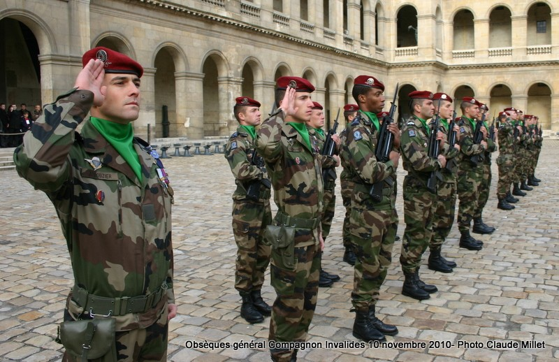 COMPAGNON Jean-général-figure 2e DB-CDC 1er RHP-commanda la 11e Division Parachutiste-Historien Img_9821