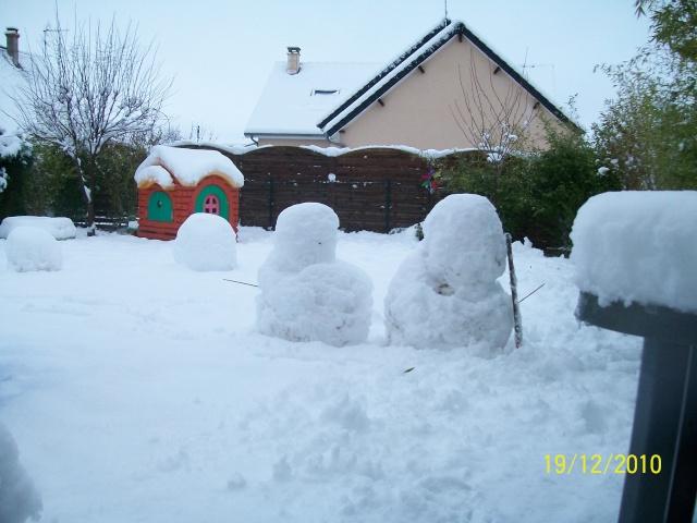 Poster vos images : La france envahie par la neige Decemb12