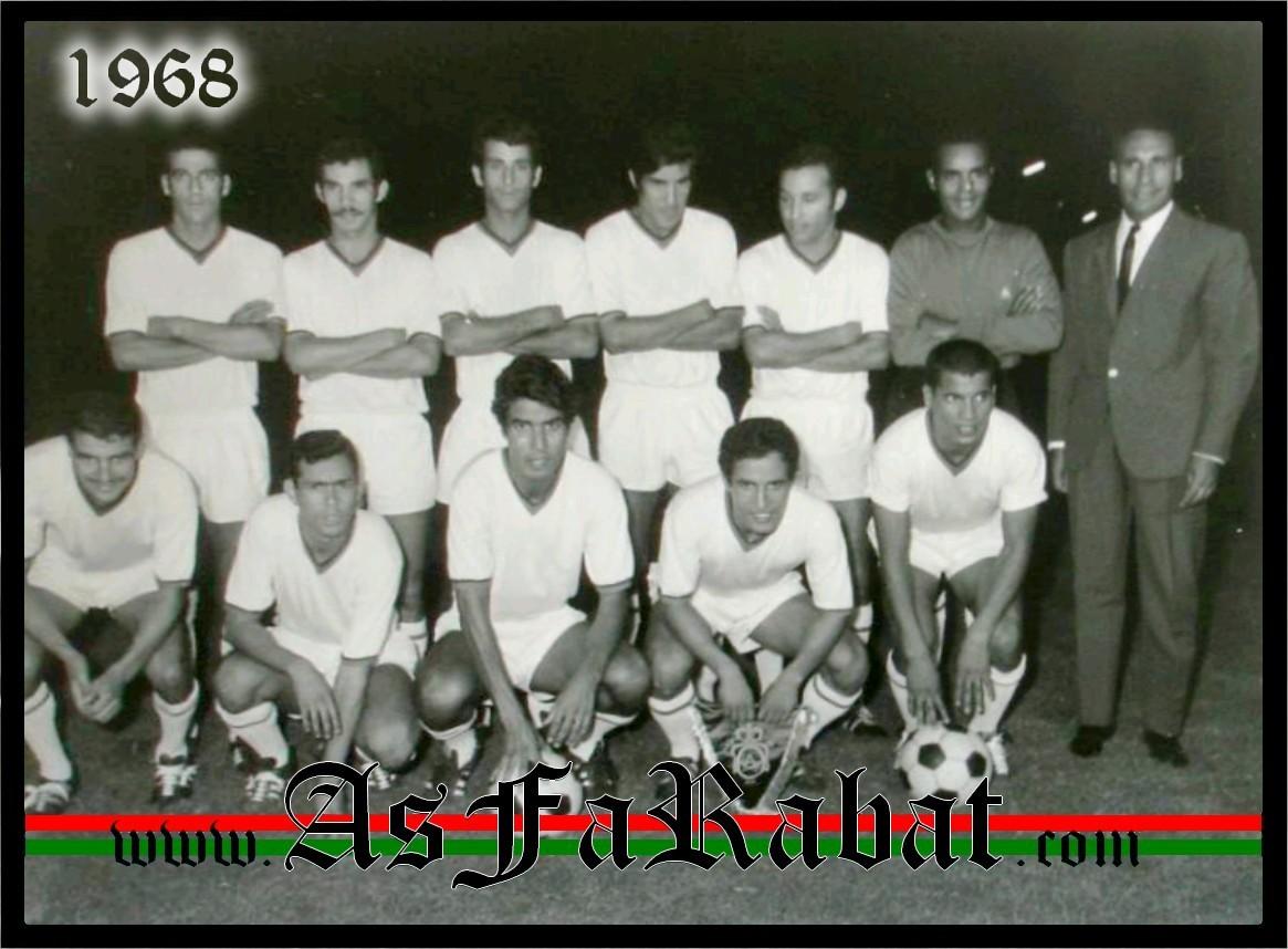 [Archives] Photos des Equipes du grand Far - Page 5 Sans_t16
